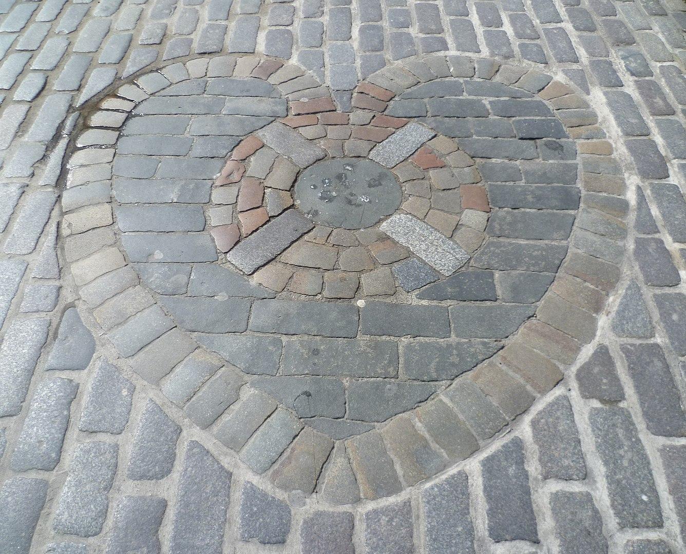 The Heart of Midlothian mosaic for football crest blog