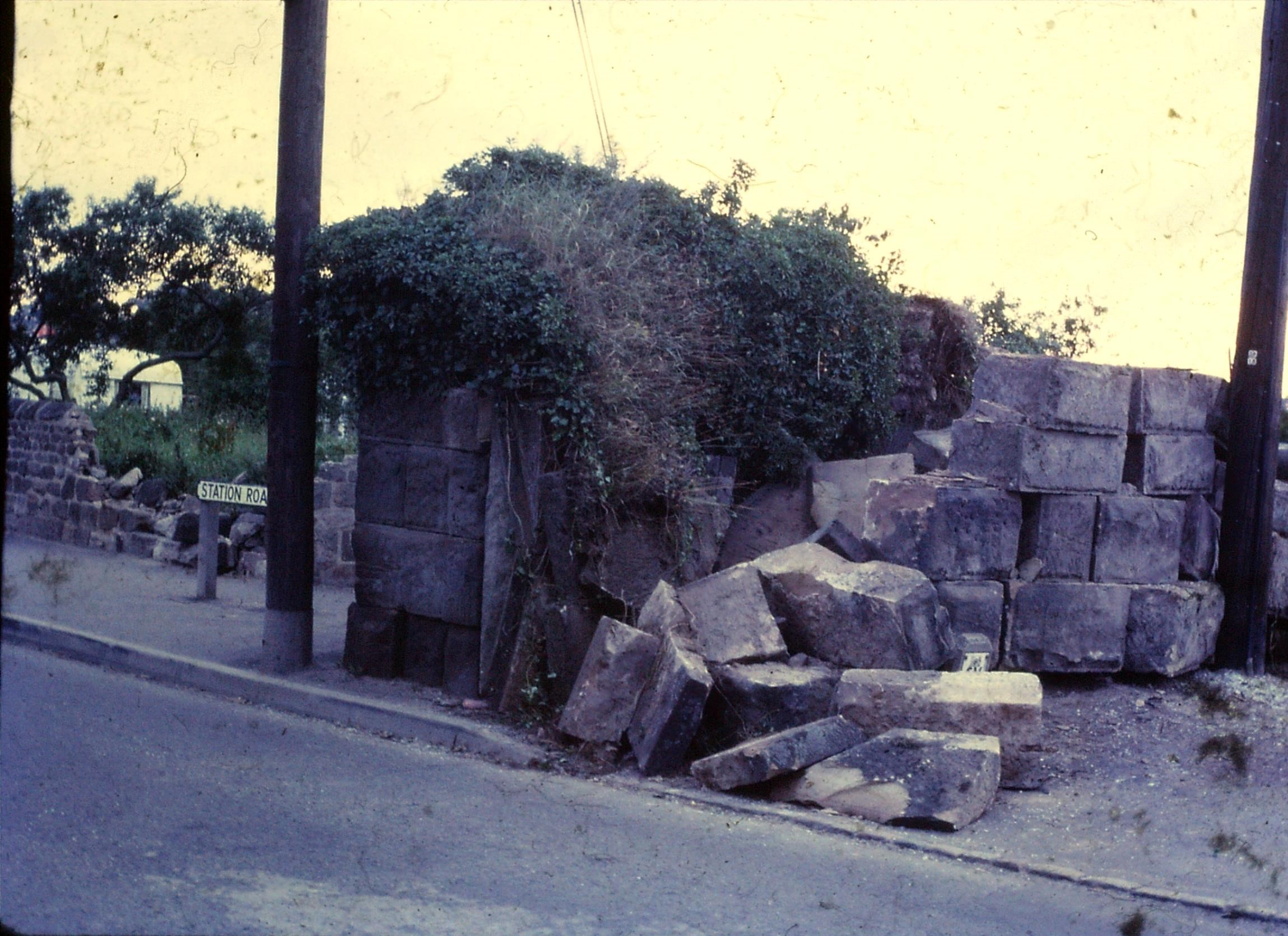 Damage to the lock-up when on Station Road before its relocation in the early 1970s.