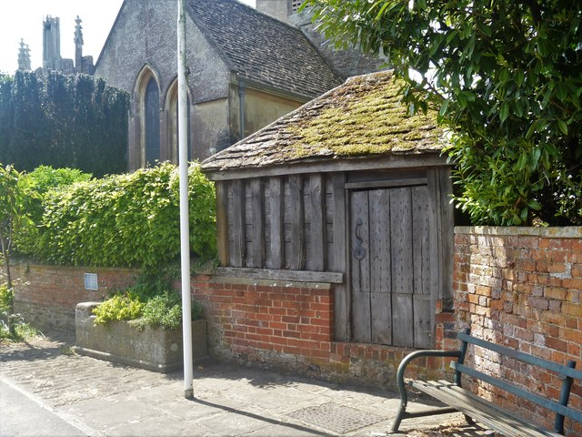 Exterior, showing lock-up built into churchyard wall