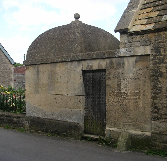 Exterior, showing attachment to Tithe Barn