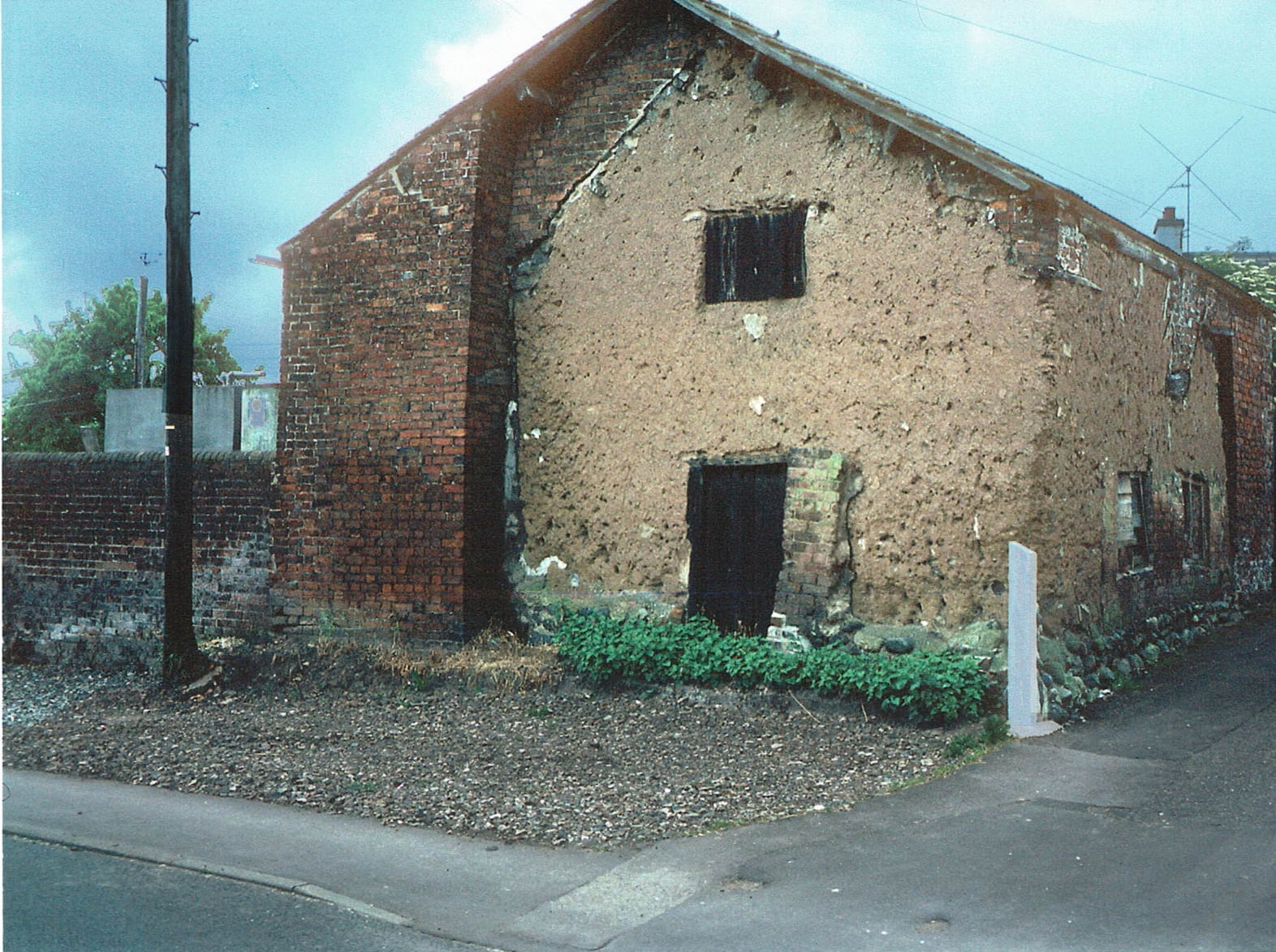 Freckleton Cage, exterior, just before its demolition in 1986