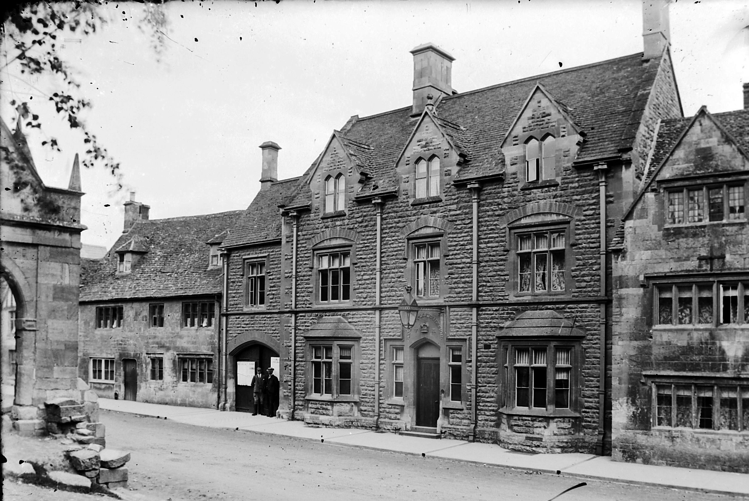 Exterior, c.1900. Dated inscription - 'VR County Police Station 1871' - can be seen above the door, behind the lamp.