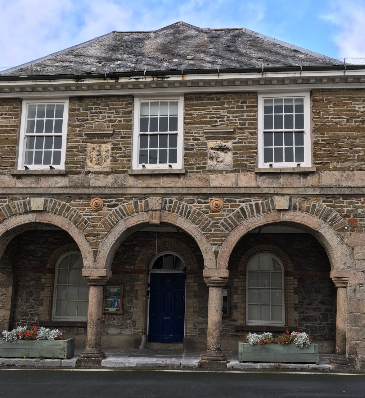 Plympton Erle, Guildhall, exterior