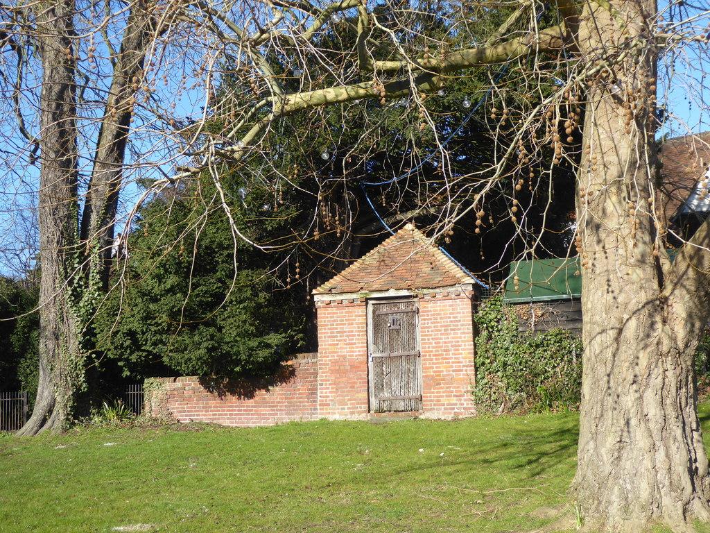 The former village lockup, Yalding